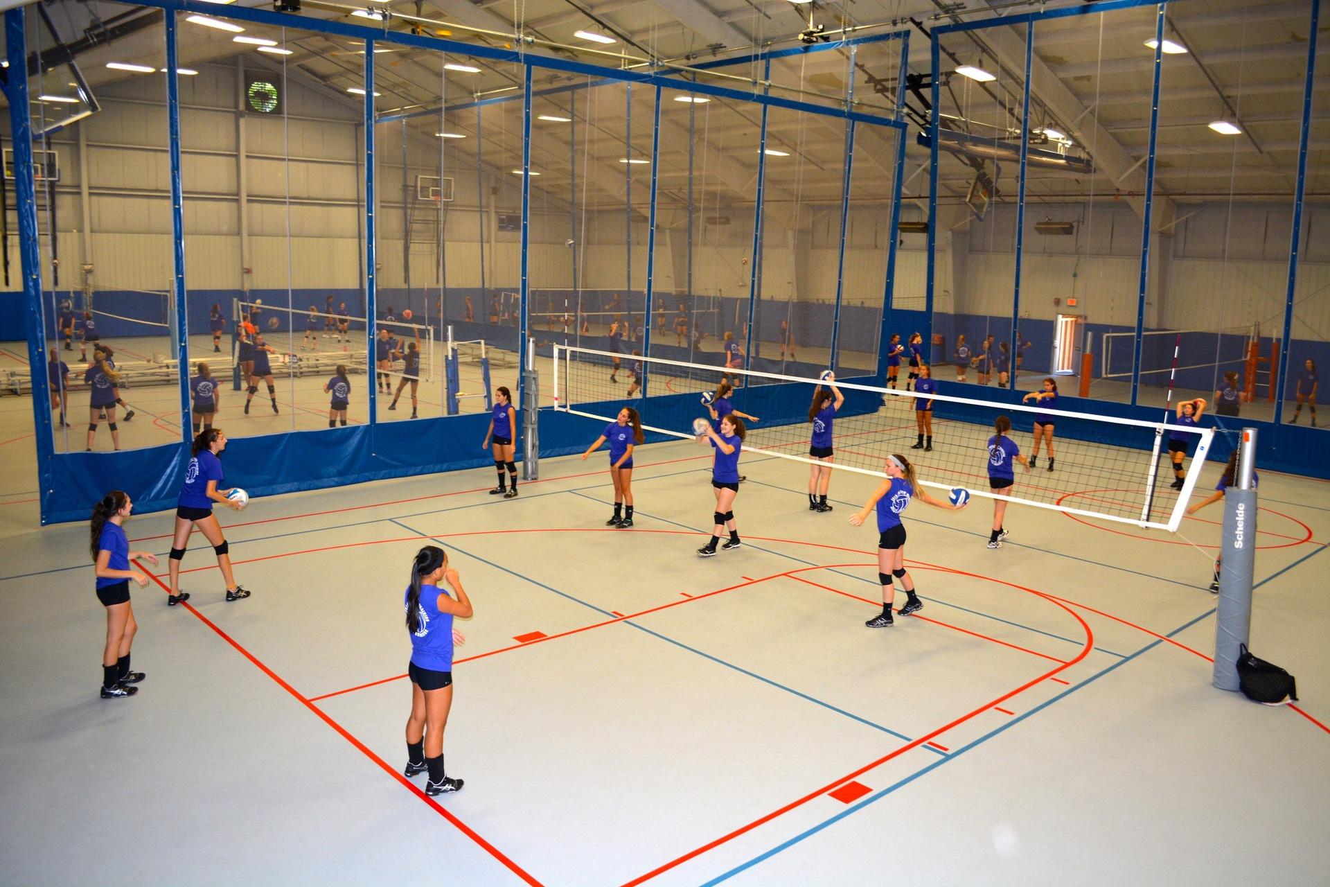 Centro deportivo cubierto: una mejor opción para jugar